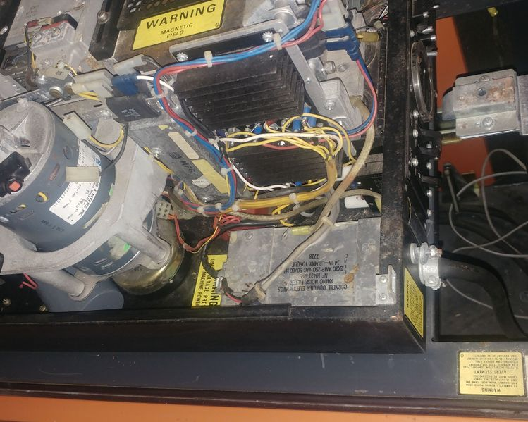 File:ND 514 Cabinet missing power supply.jpg